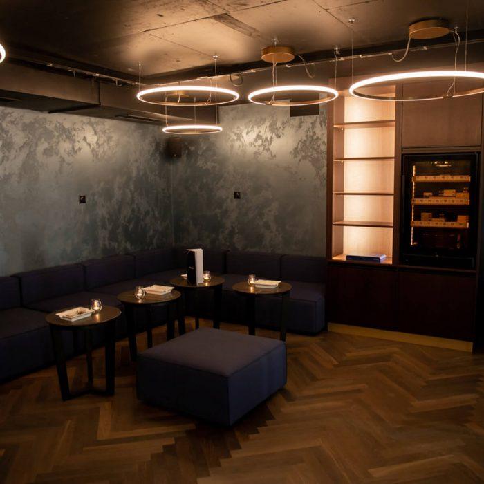 atlantis-bar-smokers-lounge-pfaeffikon-sz-1