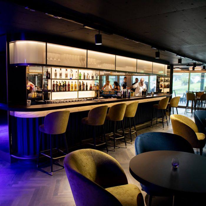 atlantis-bar-smokers-lounge-pfaeffikon-sz-16
